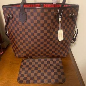 ***neverfull medium Louis Vuitton med